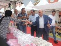 Başkan Er, yöresel ürünler fuarını ziyaret etti