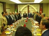 İran heyeti Hakkari'de  toplantı yaptı