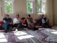 Başkan Gür şehit ve gazi ailelerini ziyaret etti