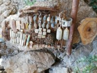 İki mağarada çok sayıda mühimmat ele geçirildi