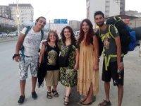 3 gezgin 53 gündür otostop yaparak Türkiye'yi geziyor