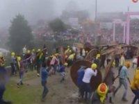 Taş atma festivali: 100 yaralı