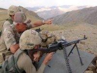 Orgeneral Arif Çetin operasyon bölgesinde