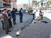 Hakkari'de yol onarımları devam ediyor