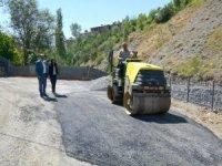 Hakkari'de yol onarım çalışmaları devam ediyor
