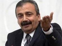 Sırrı Süreyya Önder tahliye edildi!