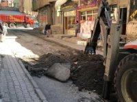 Kayacan caddesi yolu onarılmaya başlandı