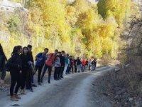 İran sınırında doğa yürüyüşü