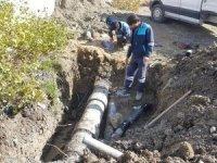 Hakkari belediyesi su arızaları ile mücadele ediyor