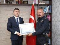 İlçe emniyet müdürü Kapsız'a teşekkür plaketi