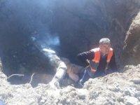 Hakkari'de içme suyu isale hattı borusu patladı
