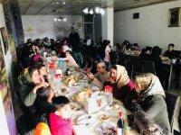 Öğrenciler ve aileleri yemekte ağırlandı