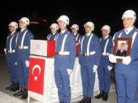 Şehit Uz. Çavuş Özmen için Hakkari'de tören düzenlendi