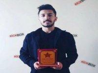 Hakkari'li Sedat Kick Box Doğu şampiyonu oldu