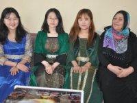 Güney Koreliler Yüksekovalı ailenin misafiri oldular