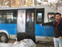 Minibüsünün camını kırarak 300 TL çaldılar
