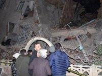 Elazığ'da deprem: 14 kişi hayatını kaybetti