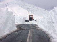 Hakkari-Şırnak karayolu ulaşıma açıldı
