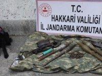 Çukurca Kazan'da silah ve mühimmat ele geçirildi