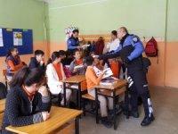 Gençlere polislik mesleğini tanıttık...