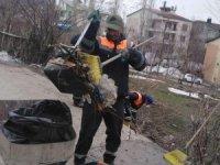 Temizlik işçilerinin zorlu mesaisi
