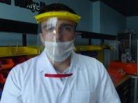 Hakkari'de siperlik maske üretimine başladı