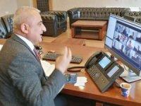Müdür Gür, telekonferansla toplantı yaptı