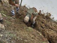 Toprağa gömülü uyuşturucu malzemesi ele geçirildi