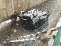Hakkari'de trafik kazası 5 yaralı