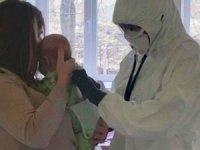 3 aylık bebek korona virüsüne yakalandı