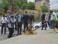 Vali Akbıyık beton döküm çalışmalarını denetledi