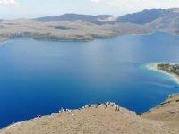 Dünyanın 2. büyük krater gölü