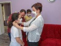 İşitme engelliler için özel maske üretildi