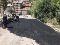 Hakkari'de yama asfalt çalışmaları sürüyor