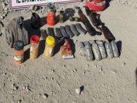 Eroin, silah ve el bombası ele geçirildi