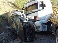 Hakkari'de trafik kazası 2 yaralı