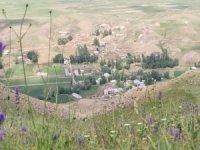 Bir köy korona virüs nedeniyle karantinaya alındı