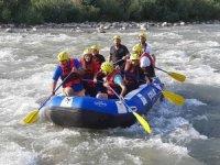 Belediye Başkanı Dündar rafting yaptı