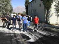 Vali Abıyık, asfalt çalışmalarını denetledi