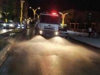 Dezenfekte ve yol yıkama çalışması