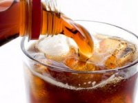 Kadınlarda kemik erimesine neden olan içecek?
