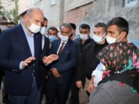 Bakan Soylu Hakkari'de şehit ailelerini ziyaret etti