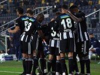 Beşiktaş Fenerbahçe'yi 4-3 mağlup etti