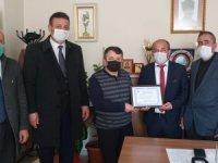 Başkan Aksaç'tan Başkan Keskin'e plaket