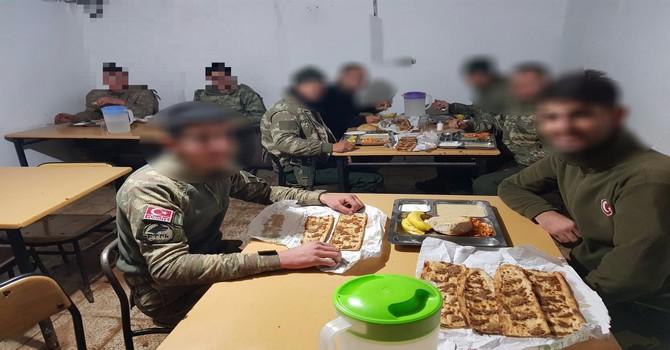 askerlere-etli-ekmek-m.jpg