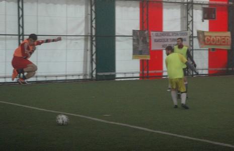 aydin-erdem-futbol-turnuvasi-3.jpg