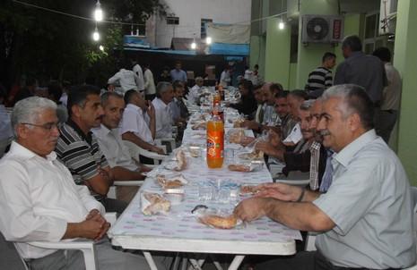 belediye-iftar-yemegi-1.jpg
