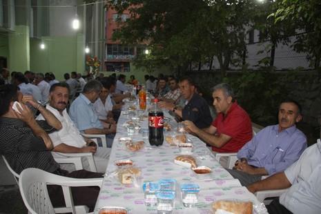 belediye-iftar-yemegi-2.jpg