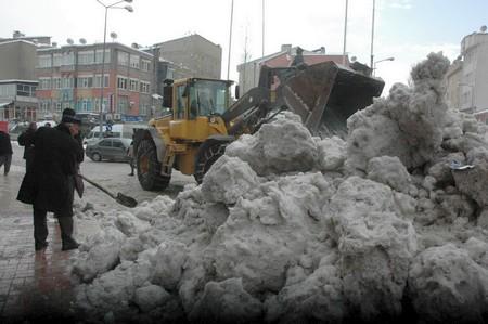 belediye-kar-temizleme-h.jpg