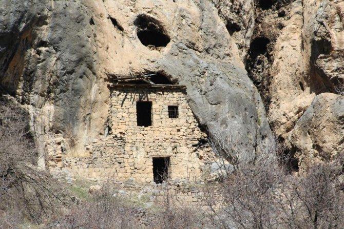bin-250-yillik-evler.jpg